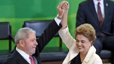 Lula y Dilma, en campaña para evitar una debacle del PT