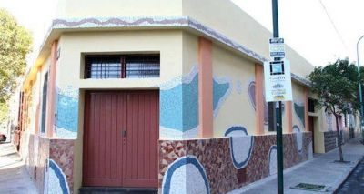Inauguran en Plaza Flores la muestra Espejismos, del artista urbano Marino Santa María