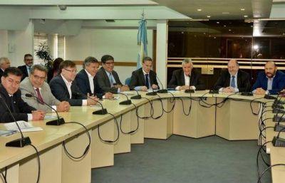 Gobernadores del PJ proponen federalizar el presupuesto nacional