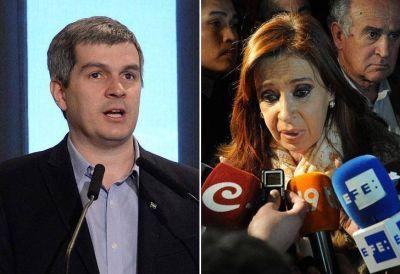Pe�a trat� a Cristina de incoherente por sus cr�ticas a Macri