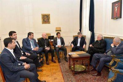 La Iglesia se reunió con el Gobierno y le pidió que impulse un diálogo social