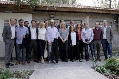 Presupuesto 2017: Reunión del 'Grupo Esmeralda' y legisladores del FPV para diagramar estrategia