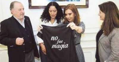 """Cristina se reunió con Yasky y compartieron alarma por """"retroceso enorme en los salarios"""""""