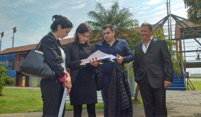 Auditores porte�os ponen el ojo en Costa Salguero