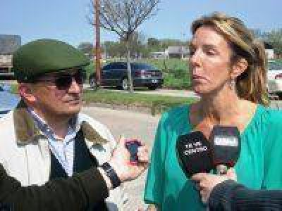 Marina Klemensiewicz visit� la obra del barrio 96 Viviendas