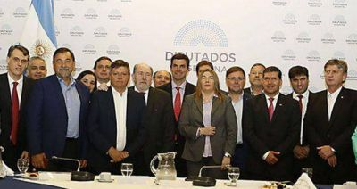 """Presupuesto 2017: Urtubey pidió """"rediscutir la excesiva inversión para la ciudad de Buenos Aires"""""""