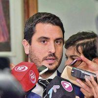 Mart�nez Zapata denunci� irregularidades en el acuerdo que Buzzi firm� con Antares por 5 millones de d�lares