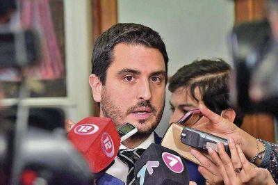Martínez Zapata denunció irregularidades en el acuerdo que Buzzi firmó con Antares por 5 millones de dólares
