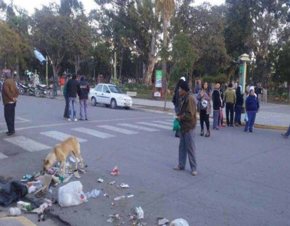 Municipales de General Güemes continúan de paro