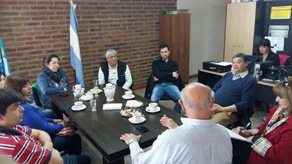 SEGURIDAD: Williams se reunió con intendentes y concejales de la Comarca Andina