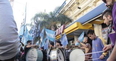 Rosario: despidos en Coto para presionar contra el descanso dominical