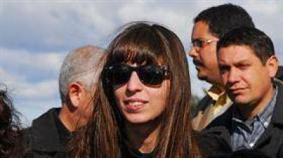 La UIF pidió mantener embargados los dólares de Florencia Kirchner