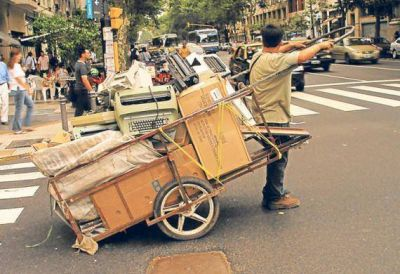 Proyecto para reciclar envases, residuos y promover la inclusi�n social
