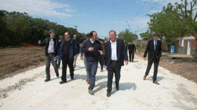 Las obras de pavimentaci�n y desag�es en avenida Pe�aloza tienen un avance del 35%