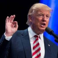 Hillary y Trump se preparan para batirse a duelo en TV
