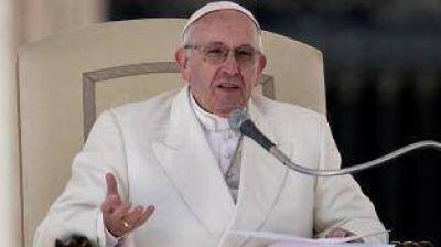 Francisco recibió a familiares de víctimas del atentado terrorista en Niza