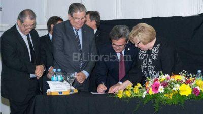 Firmaron acta compromiso para la constitución del Polo Tecnológico Esperanza