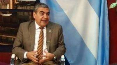 Alfaro quiere adherir a la ley de examen de drogas para los funcionarios