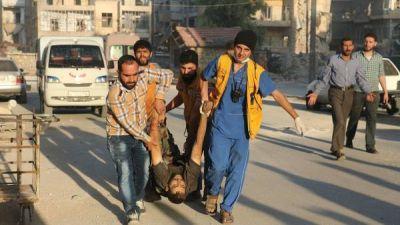 Intensos bombardeos dejan decenas de muertos en Aleppo