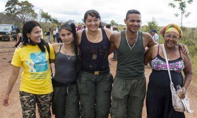 La hora de la paz: las FARC ponen fin a medio siglo de lucha armada