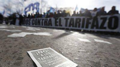 Marcha y acampe en la Plaza de Mayo contra los