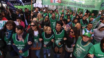 Los trabajadores estatales paran hoy en todo el país