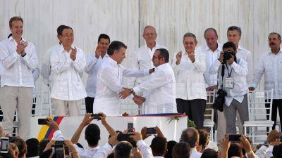 Histórico: Colombia firmó la paz luego de medio siglo de guerra