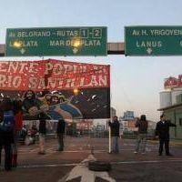 Kosteki y Santill�n: Protesta y corte frente a la estaci�n Avellaneda