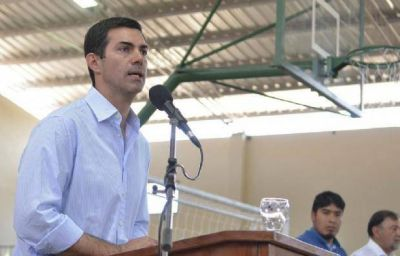 Juan Manuel Urtubey inauguró una escuela y un complejo deportivo en los Valles Calchaquíes