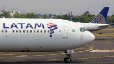 Un avión que salió de Tucumán sufrió un problema y tuvo que aterrizar en Córdoba