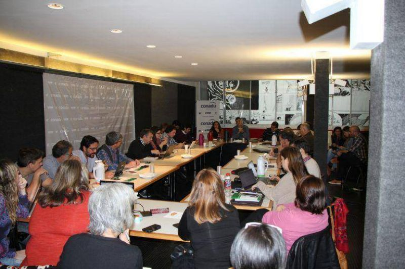 La CONADU en un plan de acci�n se moviliza por la reapertura de paritarias