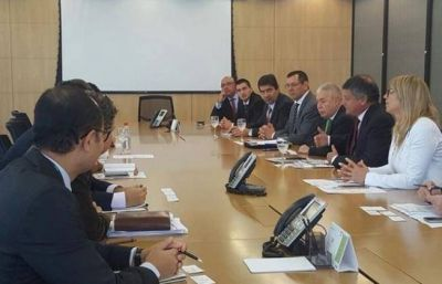 Peppo gestionó en Brasil la continuidad del crédito para el acueducto