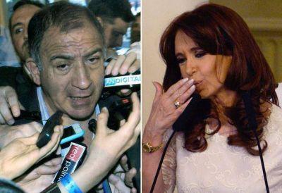 Ecuador premiar� a Cristina y el embajador argentino cuestion� la decisi�n