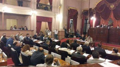 Diputados rechaz� desafueros, aprob� licencia a v�ctimas de violencia, blanqueo fiscal y r�gimen penal juvenil