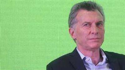 Macri convoca a intendentes y el PJ arma una cumbre paralela