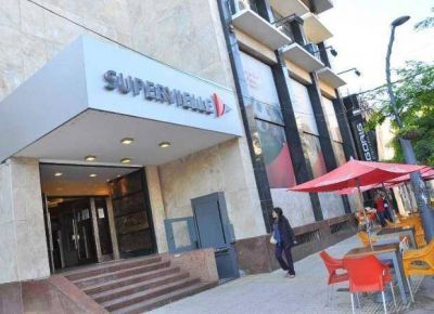 El mi�rcoles y jueves los bancos atender�n con horario restringido