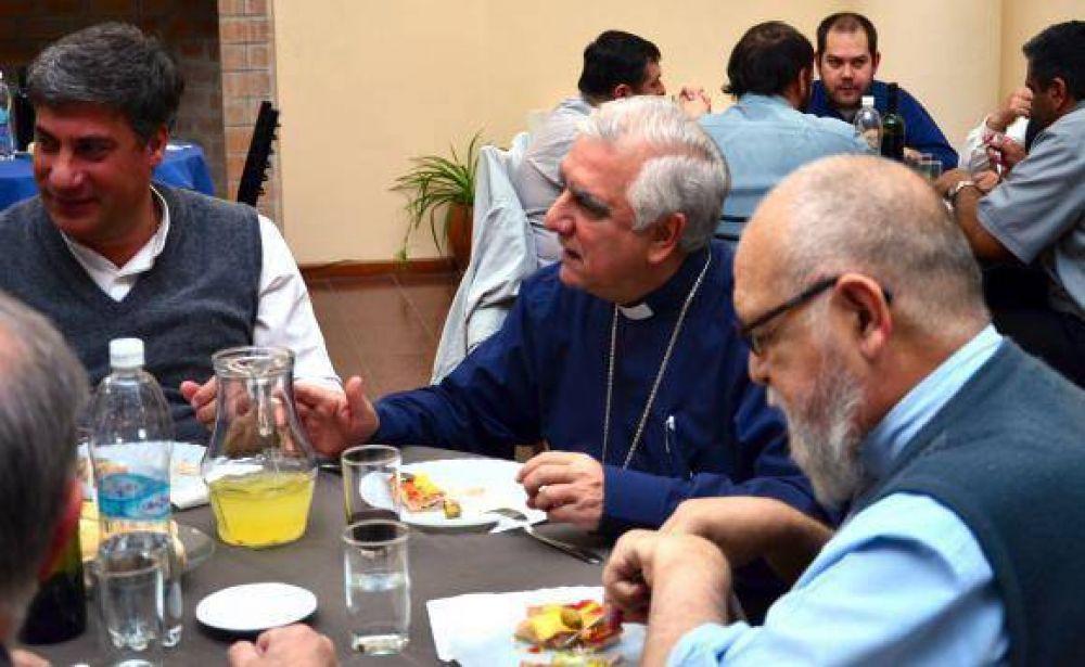 Monseñor Lozano comenzó a conocer la Iglesia local