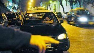 Una buena para Uber y mala para la gente: aumentan los taxis