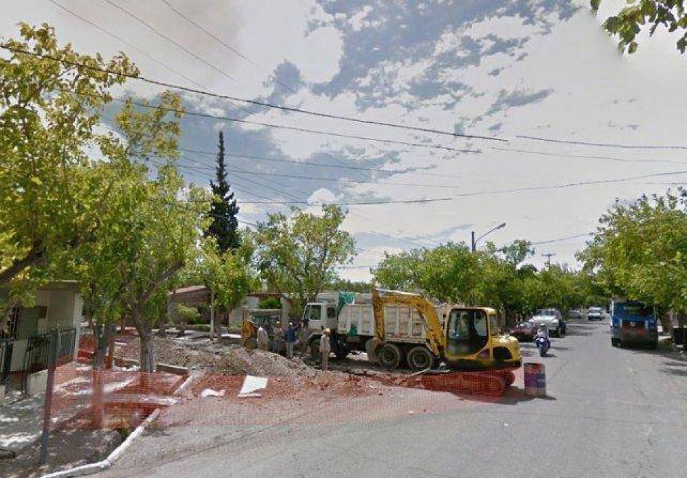 La provincia pavimentará todas las calles rotas por las obras de cloacas
