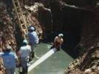 Realizan obras de agua potable y cloacas en Libertador