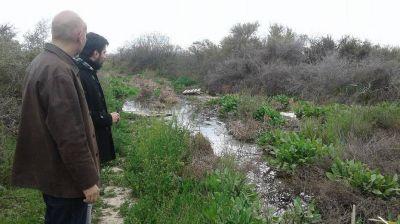 Constataron daño ambiental en Las Grutas por afluentes cloacales