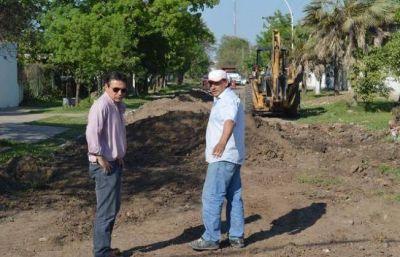 Arranca la obra de pavimento de la calle Sabatini, en Barranqueras