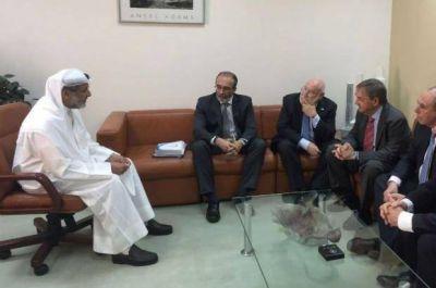 Schiaretti gestiona en Kuwait financiamiento para acueductos con tasas bajas