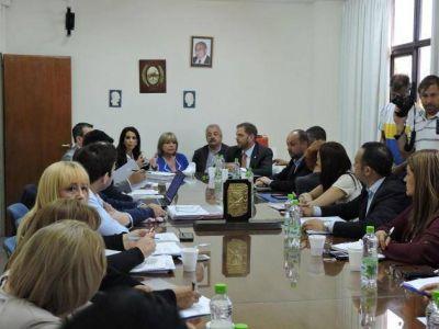 Ministros del Ejecutivo provincial expusieron en la Legislatura