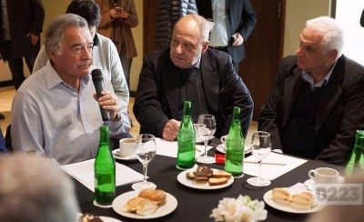 Arroyo felicit� a Barrionuevo por