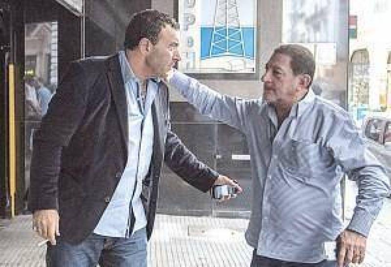 Bono y Ganancias, claves de la cita Gobierno-CGT