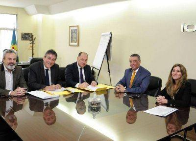 IOMA firm� nuevos convenios con sus prestadores de la provincia de Buenos Aires
