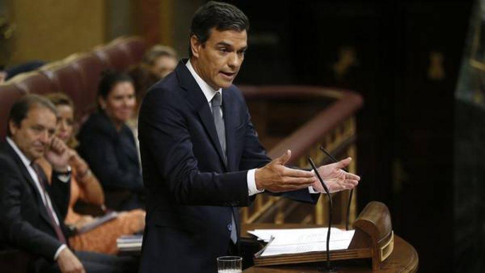 El PSOE se fractura y exigen la renuncia de su líder