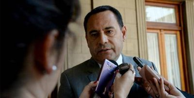 Amado confirmó que los municipales también recibirán el compensatorio de $750