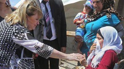El Gobierno acelera los trámites para traer al país a 200 refugiados sirios